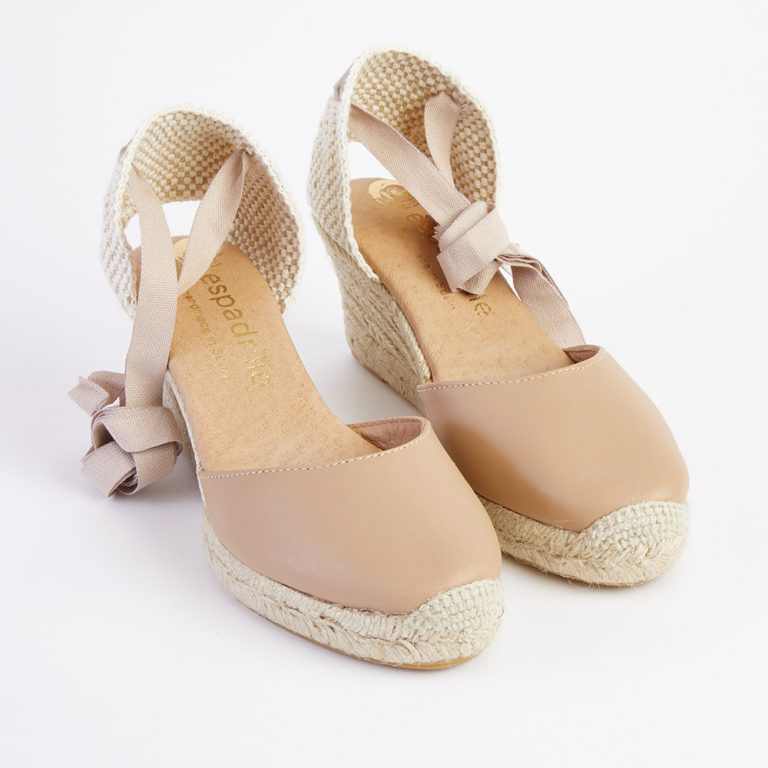 Elisabeth | Bridesmaid shoes, Fashion heels, Cute shoes